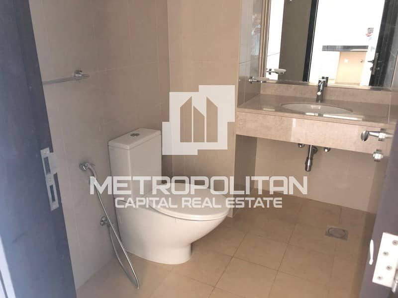 11 Spacious Studio/ Multiple Payments/ Amazing View!