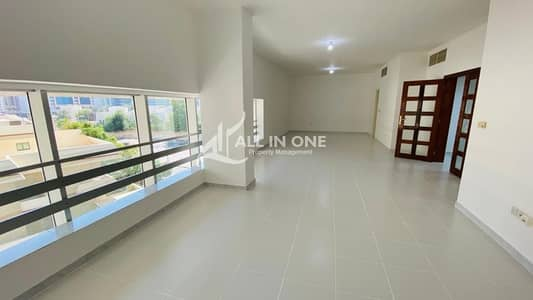 3 Bedroom Flat for Rent in Corniche Area, Abu Dhabi - Spacious Open View! Wonderful 3BR Duplex + Maids Room