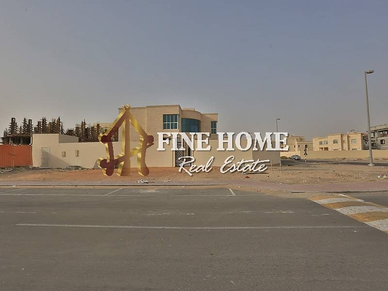2 Mixed use Land Located On Corner & 2 Streets