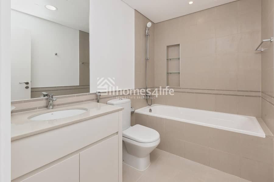2 Excellent Layout With Nice View | Ready To Move In