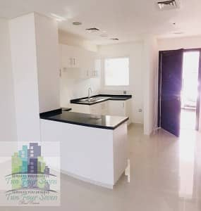 10 4CHQS HOT PRICE 3BEDROOMS OPEN KITCHEN IN AKOYA OXYGEN