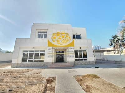 فیلا 5 غرف نوم للايجار في البرشاء، دبي - Villa With Huge Plot and 1 Month Free