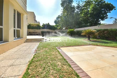 4 Bedroom Villa for Rent in The Meadows, Dubai - Pool Park | Prime Location | Negotiable | Vacant