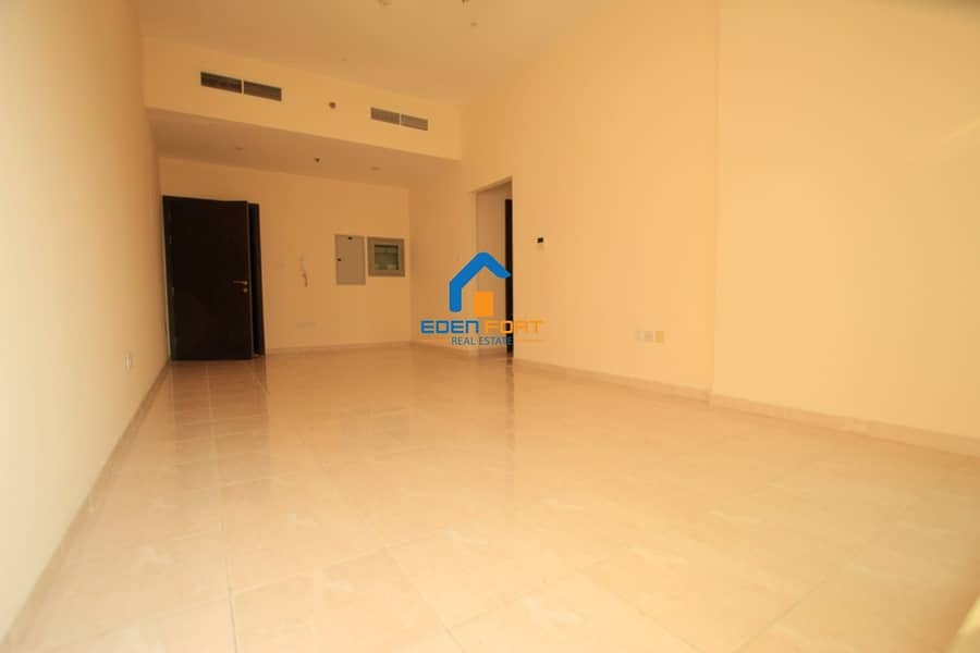 2 Unfurnished 2 Bedroom with Closed Kitchen....