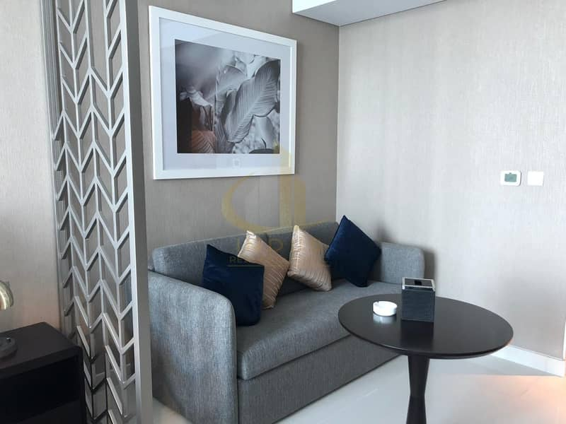 10 Amazing Brand New Fully Furnished Apartment / Canal View