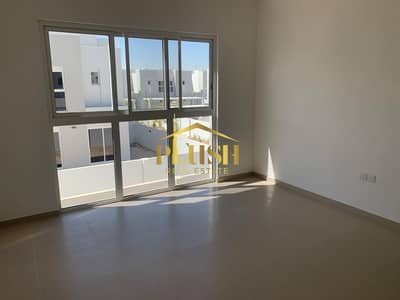 MULTIPLE OPTIONS- MIDDLE UNIT-LOWEST PRICED- TYPE B- CLOSE TO PARK..