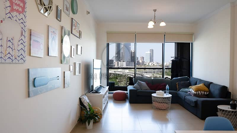 2 Fully Furnished   Bright 1 BHK   Lake View
