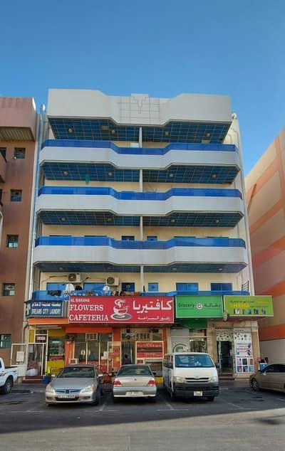 شقة 1 غرفة نوم للايجار في ديرة، دبي - شقة في البراحة ديرة 1 غرف 28000 درهم - 4855168