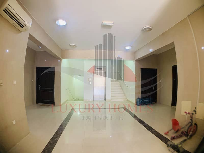 Enthralling Apt with easy access to Abudhabi Road