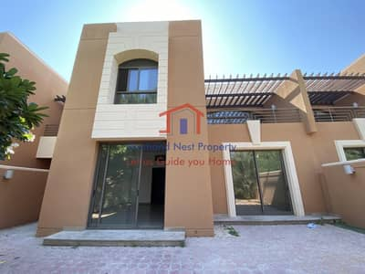 5 Bedroom Villa for Rent in Abu Dhabi Gate City (Officers City), Abu Dhabi - Back Garden | Beach Access | No Agency Fee | Peaceful