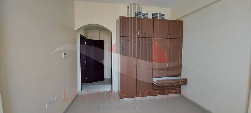 2 Spacious and bright with built in wardrobes
