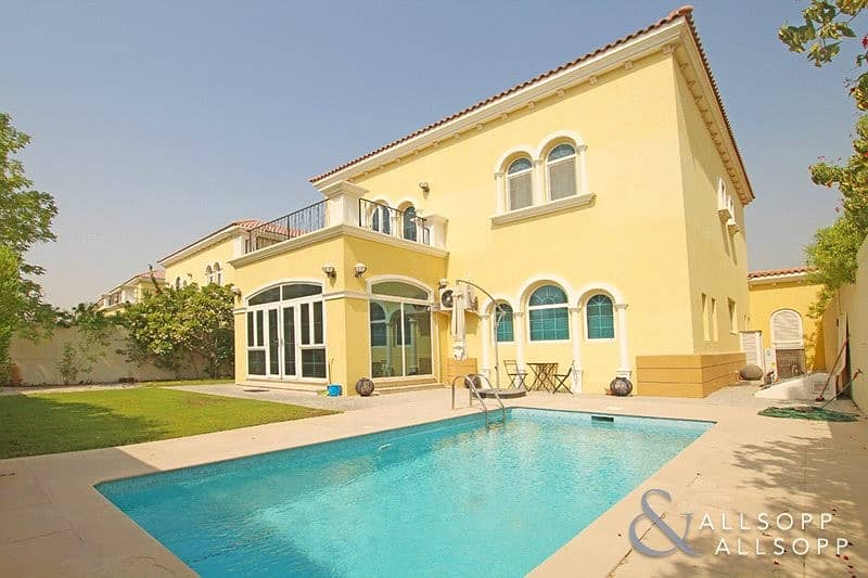 Exclusive | Legacy | 3 Bed | Private Pool