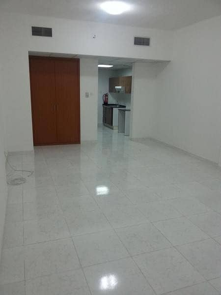 Studio available For Rent