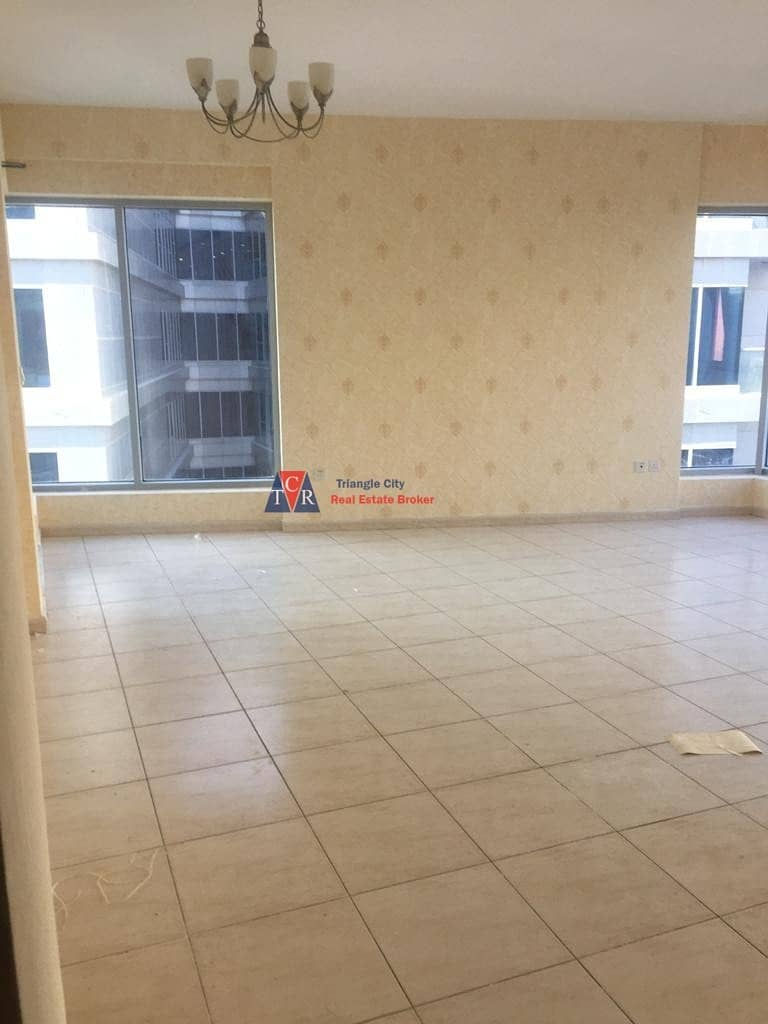 Vacant large corner 2 bed room sky court tower with balcony