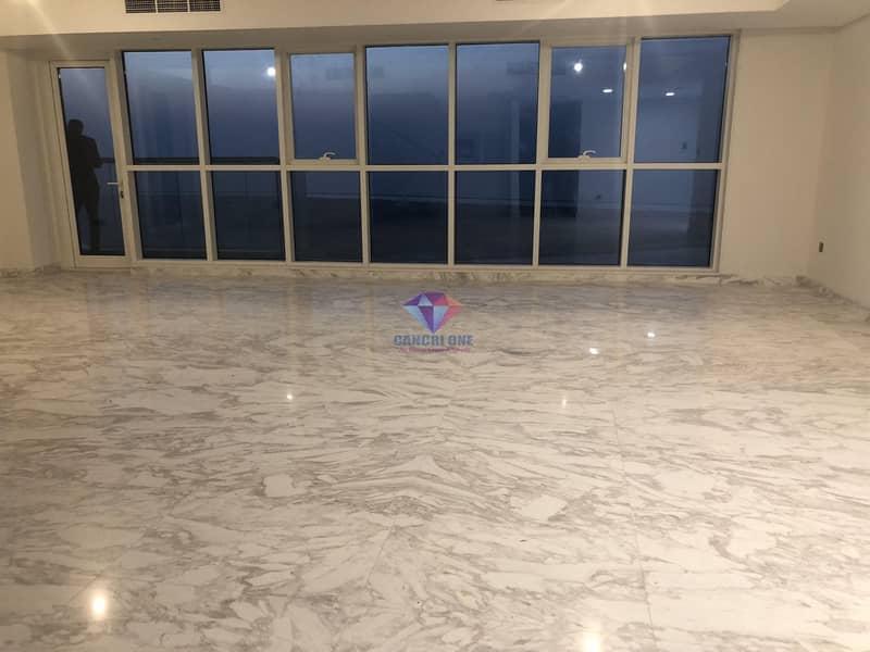 2 5 BR + Maids Duplex   Sea view   w/ Facilities