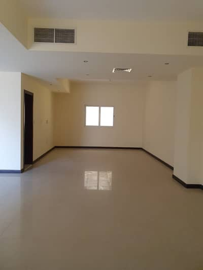 4 Bedroom Villa for Rent in Barashi, Sharjah - Cheapest 4BR duplex villa in barashi only for Arab families rent 80k