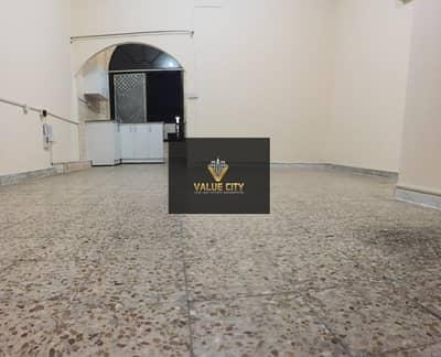 استوديو  للايجار في مدينة زايد، أبوظبي - AMAZING MONTHLY STUDIO OPP. MADINAT ZAYED SHOPING CENTER & LLH HOSPITAL