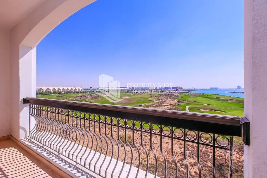 Huge & Exclusive | Full Golf Course View | Ferrari World View