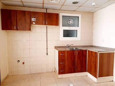 Studio for Rent in Muwaileh, Sharjah - studio separate kitchen good size central ac and gas plus 30 days free hot location university area muwaileh