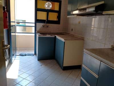 شقة 1 غرفة نوم للايجار في منطقة الرولة، الشارقة - أكبر غرفة نوم واحدة للعائلة مع شرفة في الرولة بالقرب من مركز القبائل فقط 13 كيلو اتصال M. حنيف
