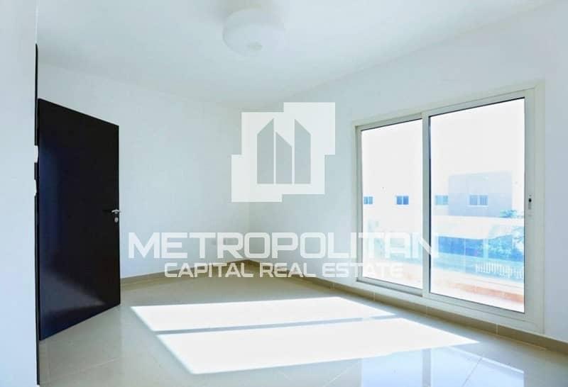 Ready To Move| Amazing Single Row Villa w/ Balcony