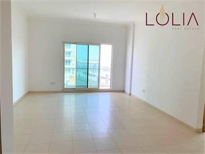 شقة 1 غرفة نوم للايجار في الخليج التجاري، دبي - Well Maintain 1BHK + Storage | Ready to Move | Canal View