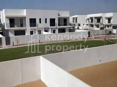 4 Bedroom Villa for Rent in Yas Island, Abu Dhabi - Lovely I Next To The Park I First Tenant