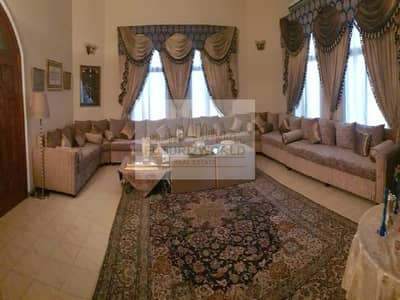 فیلا 5 غرف نوم للبيع في الراشدية، دبي - Great Investment | Elegant | 6 Car Parks Available | 5 BR Villa | Rashidiya