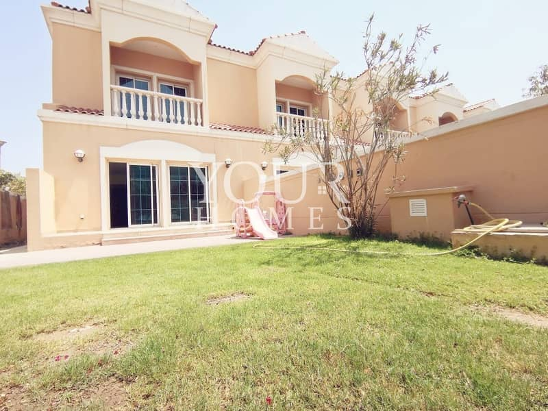 MK | 1 Bed Townhouse with Landscape  gardens