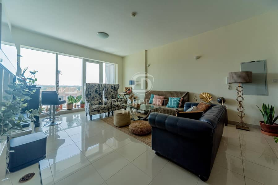 Impeccable condition   Open view   Spacious layout
