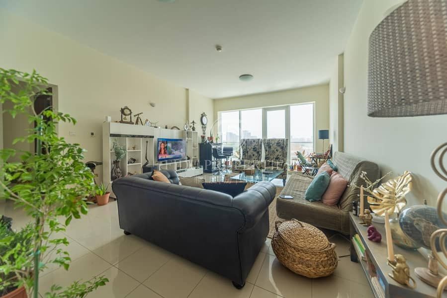 2 Impeccable condition   Open view   Spacious layout