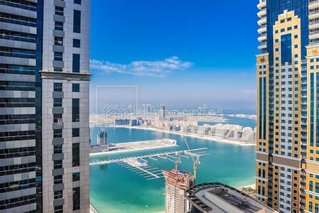 2 Bedroom Apartment for Sale in Dubai Marina, Dubai - Sea Views|Motivated Seller|Well Maintained