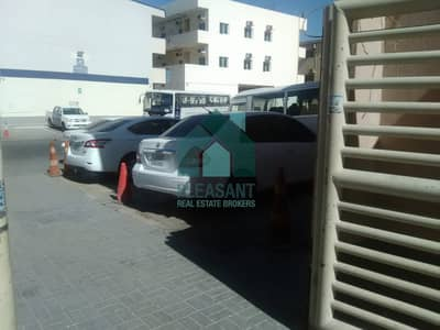 Labour Camp for Rent in Al Quoz, Dubai - Massive Labour Camp for Rent In Al Quoz Ind 1