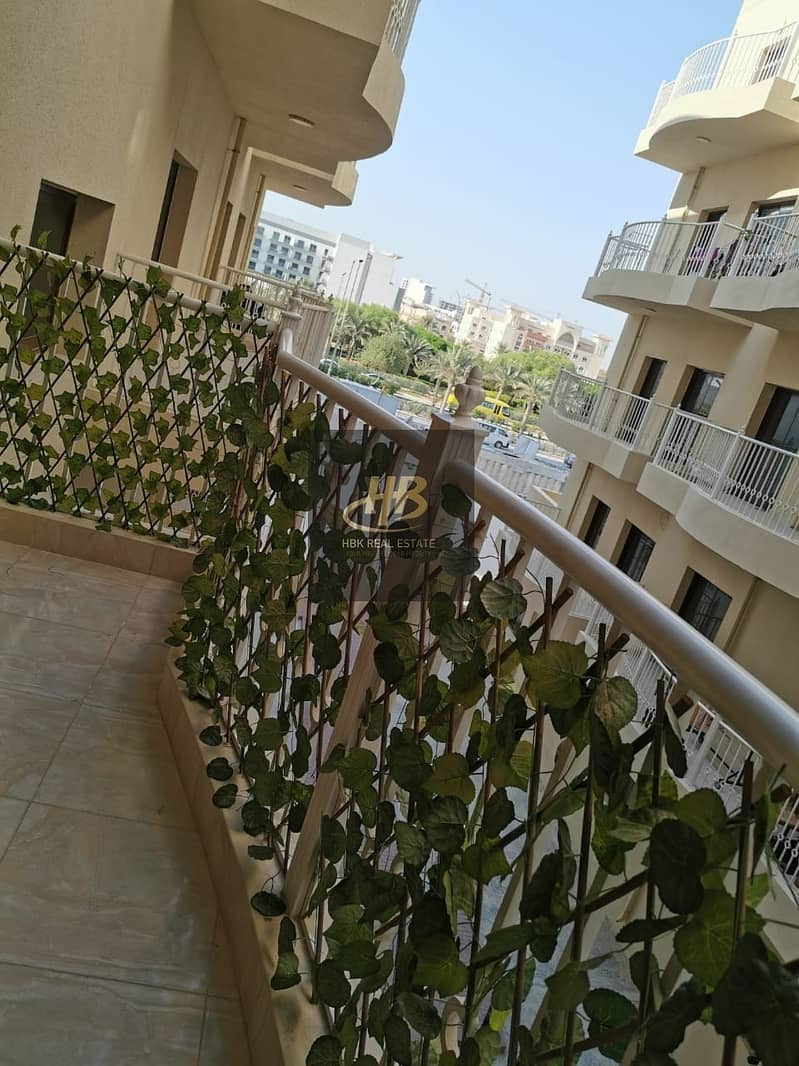14 Furnished 1BR Apartment | Balcony | Ready to move in