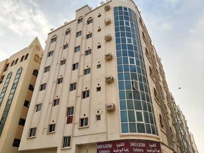شقة 2 غرفة نوم للايجار في بوطينة، الشارقة - شقة في بناية بوطينة 2 بوطينة 2 غرف 16000 درهم - 4859150