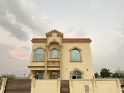 5 Bedroom Villa for Sale in Al Helio, Ajman - For sale, a very distinctive villa with sophisticated finishing in Helio 2, the second piece of the street, at an excellent price