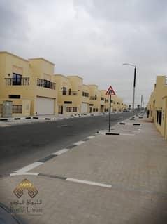 فیلا في ند الشبا 3 ند الشبا 4 غرف 130000 درهم - 4857896