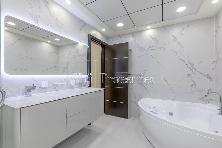 31 Elegant Duplex Penthouse Fully Upgraded|Top Floor