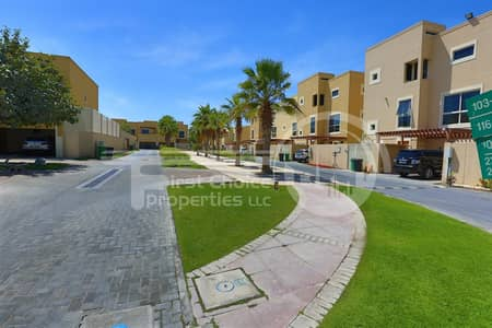 4 Bedroom Villa for Rent in Al Raha Gardens, Abu Dhabi - Hot Deal!Type S Comfortable Villa.Call us!
