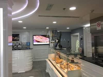 Shop for Rent in Jumeirah Lake Towers (JLT), Dubai - Ready to Run White Ambient Restaurant Negotiable