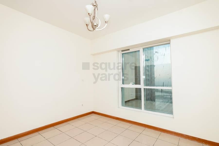 2 Spacious 2BR || Mid Floor || Ready To Move In