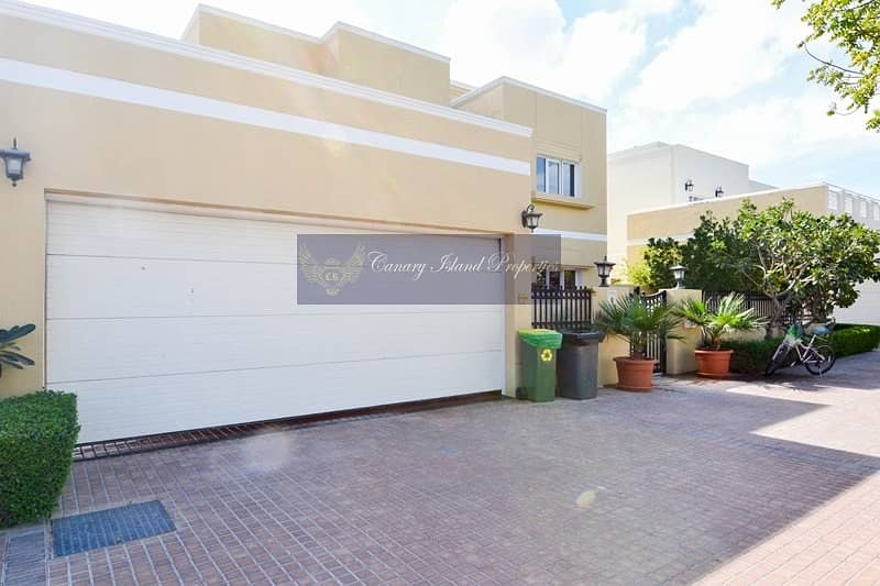 Fully Upgraded | 4 Bed | Corner Plot | Private Pool