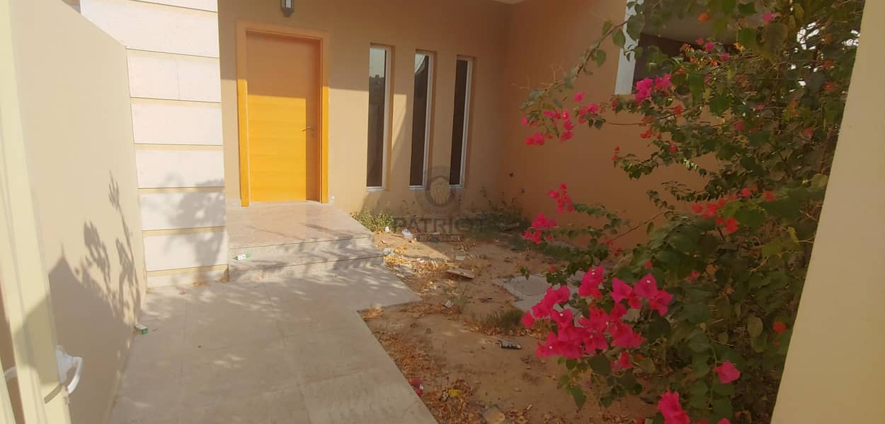 BRAND NEW 4 BED + MAID TOWNHOUSE | ENSUITE 4 BEDROOM | 4 BALCONY