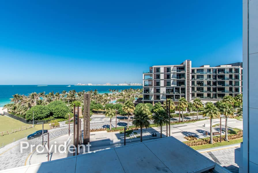 19 Full Sea View | Exceptional Family Home