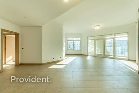 فلیٹ 3 غرف نوم للايجار في نخلة جميرا، دبي - Upgraded Interiors | High Floor | Well Maintained