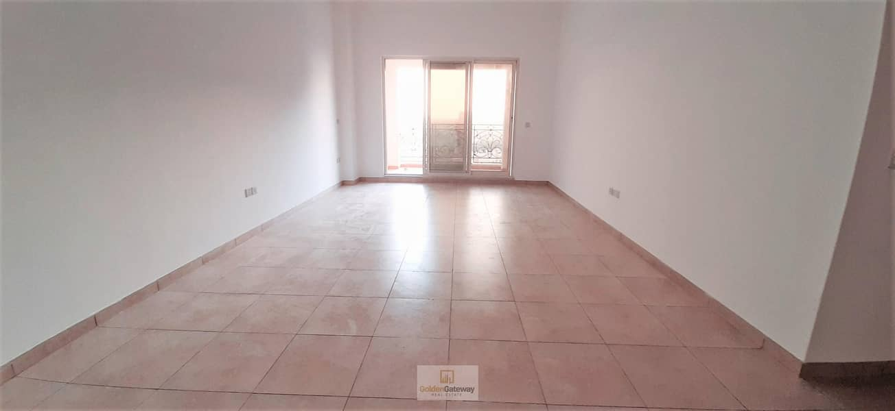 2 Closed Kitchen+Laundry-2 Balcony Partial Golf View