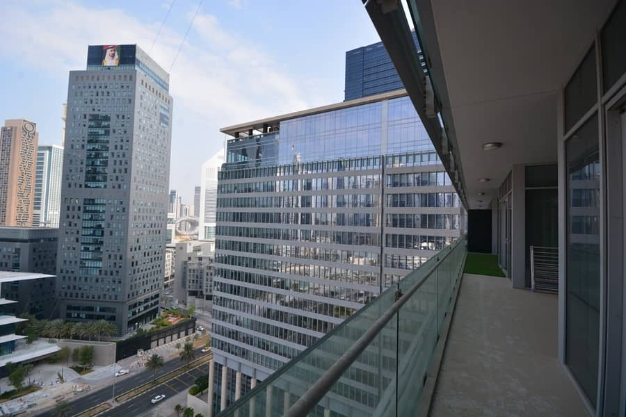 2 Luxury Furnished   DIFC View   Largest Simplex
