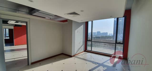 Office for Sale in Jumeirah Village Circle (JVC), Dubai - 3 Parking with Nice fitted office |Lower Floor