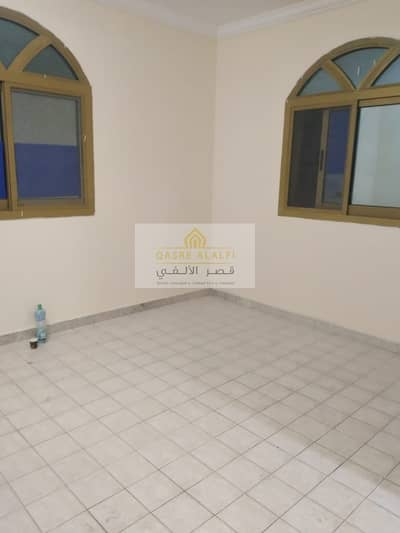 Studio for Rent in Al Karamah, Abu Dhabi - A high-quality studio with super deluxe finishes to suit your high duke