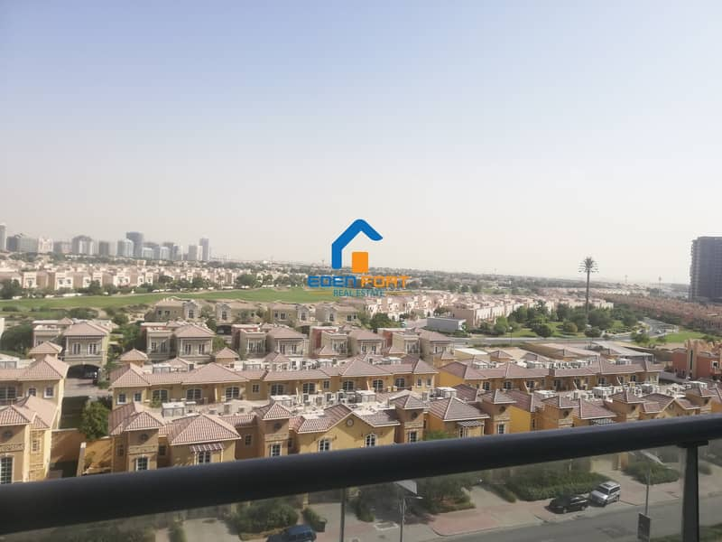 2 Well Maintained-Vacant-2 BHK in Tennis Tower..